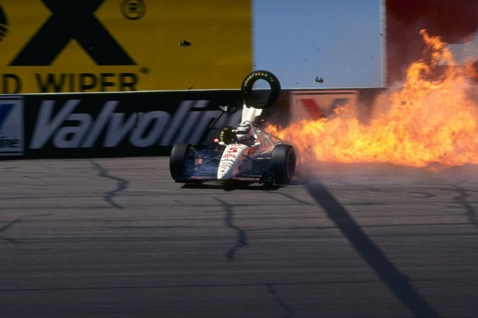 Mansell-crash-in-Indy-Car-1993-2137583
