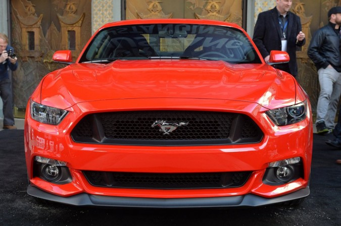 2015 Ford Mustang (13)_1024x680