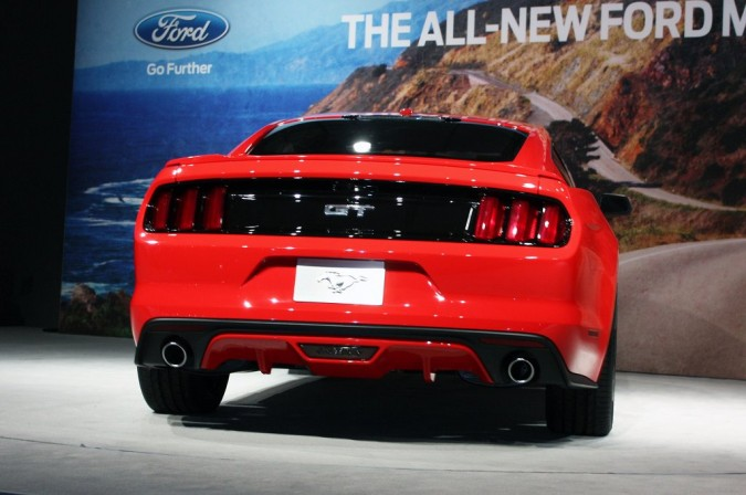 2015 Ford Mustang (14)_1024x680