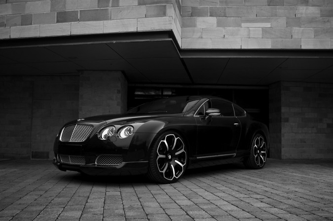 project-kahn-bentley-gts-black-edition-drivers-clip