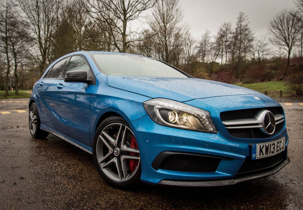 Motor verso mercedes benz a45 amg full gallery for Mercedes benz a45 amg