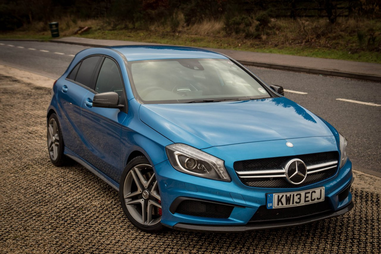 Motor verso mercedes benz a45 amg full gallery for Amg motors mercedes benz