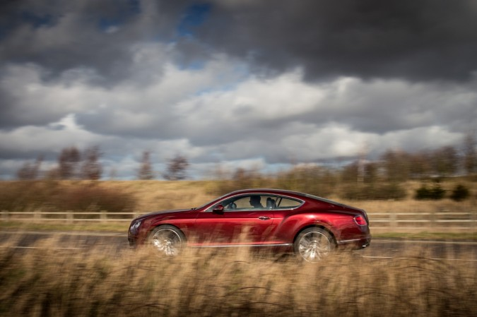 Bentley Continental GT Speed Outdoors (11)