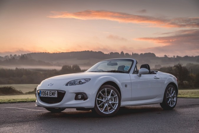 Mazda MX-5 Roadster Coupe 2.0i Sport Tech Nav