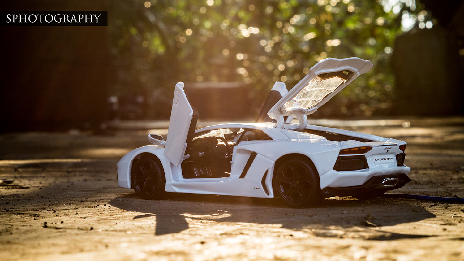 Scale Model Car Photography Insight