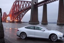 Tesla Model S P85 Forth Bridge