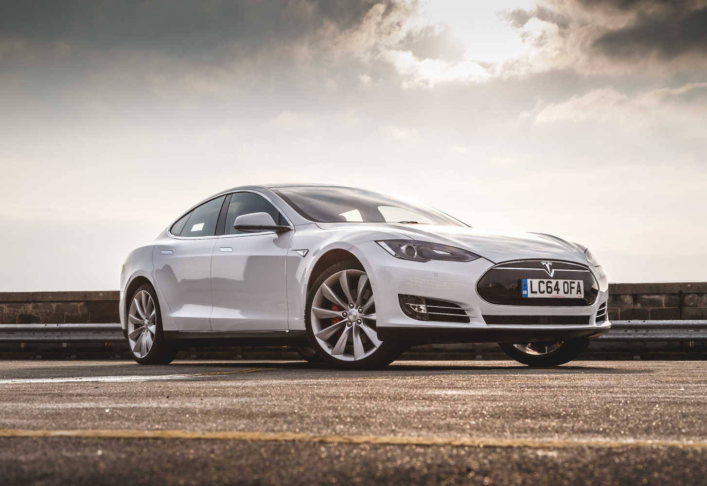 Awd Electric Car >> Driven: Tesla Model S P85 Review