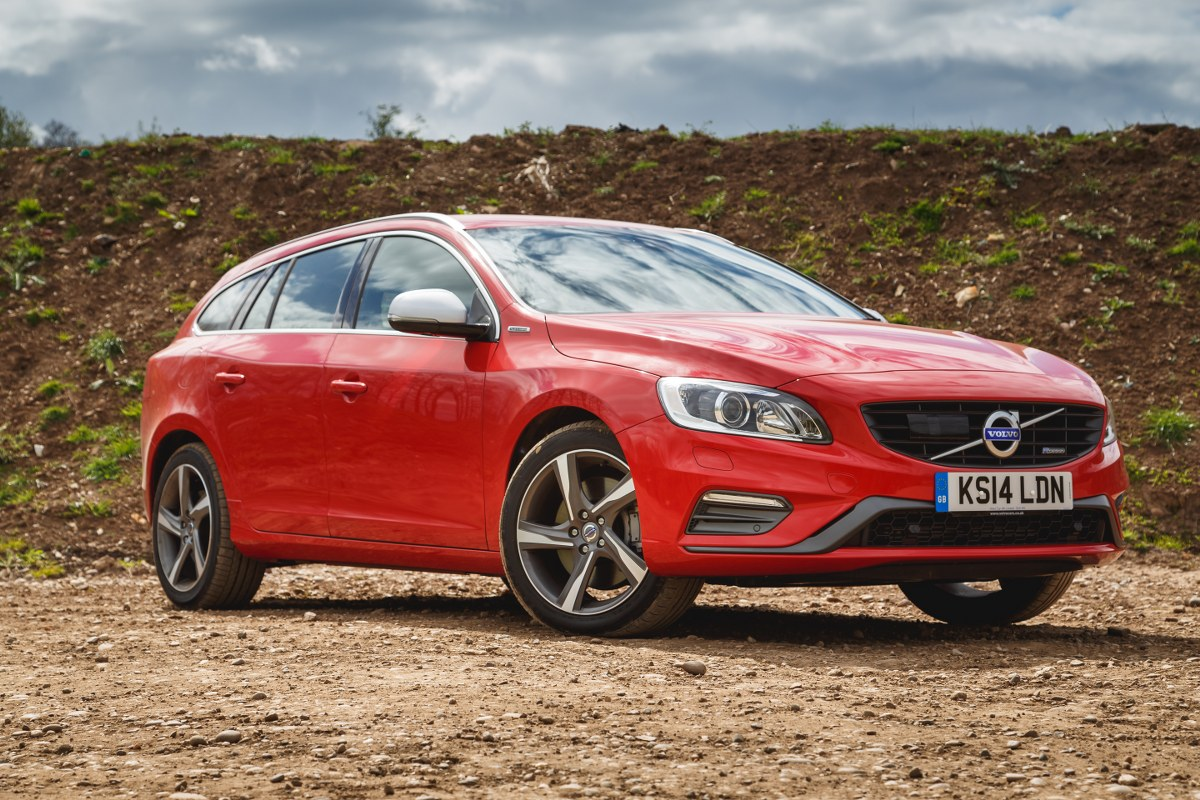 volvo v60 d6 awd r design phev 7 day diary. Black Bedroom Furniture Sets. Home Design Ideas