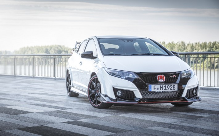 2015 Honda Civic Type R Feature 1