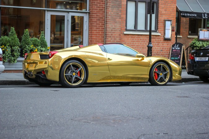 Knightsbridge Car Spotting London 23 Gold Ferrari 458