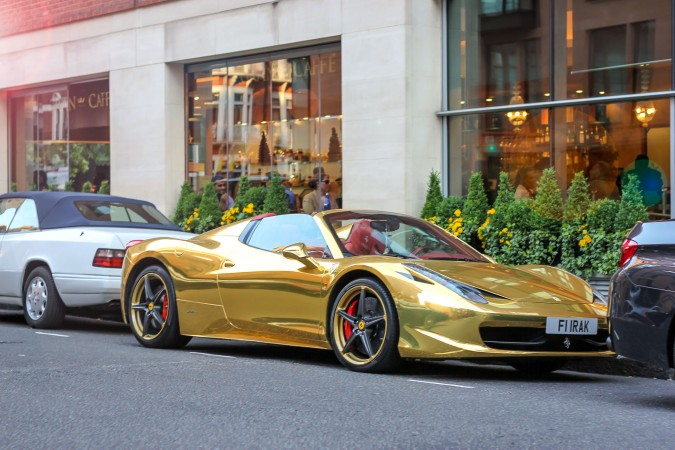 Knightsbridge Car Spotting London 8 Gold Ferrari 458