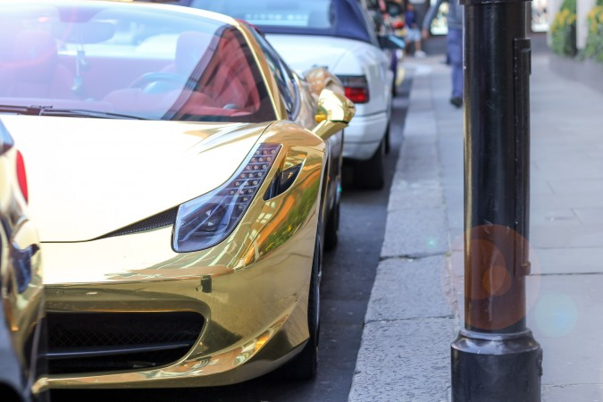 Knightsbridge Car Spotting London 9 Gold Ferrari 458