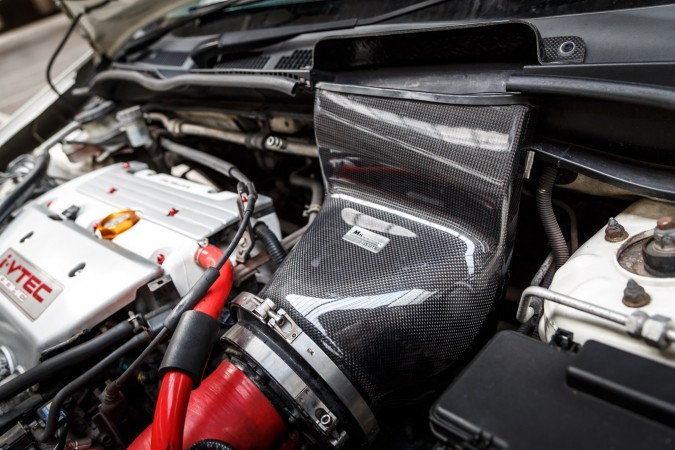 Honda Civic JDM EP3 Type R - Gruppe M Carbon Fibre induction airbox with carbon air feed on the scuttle panel