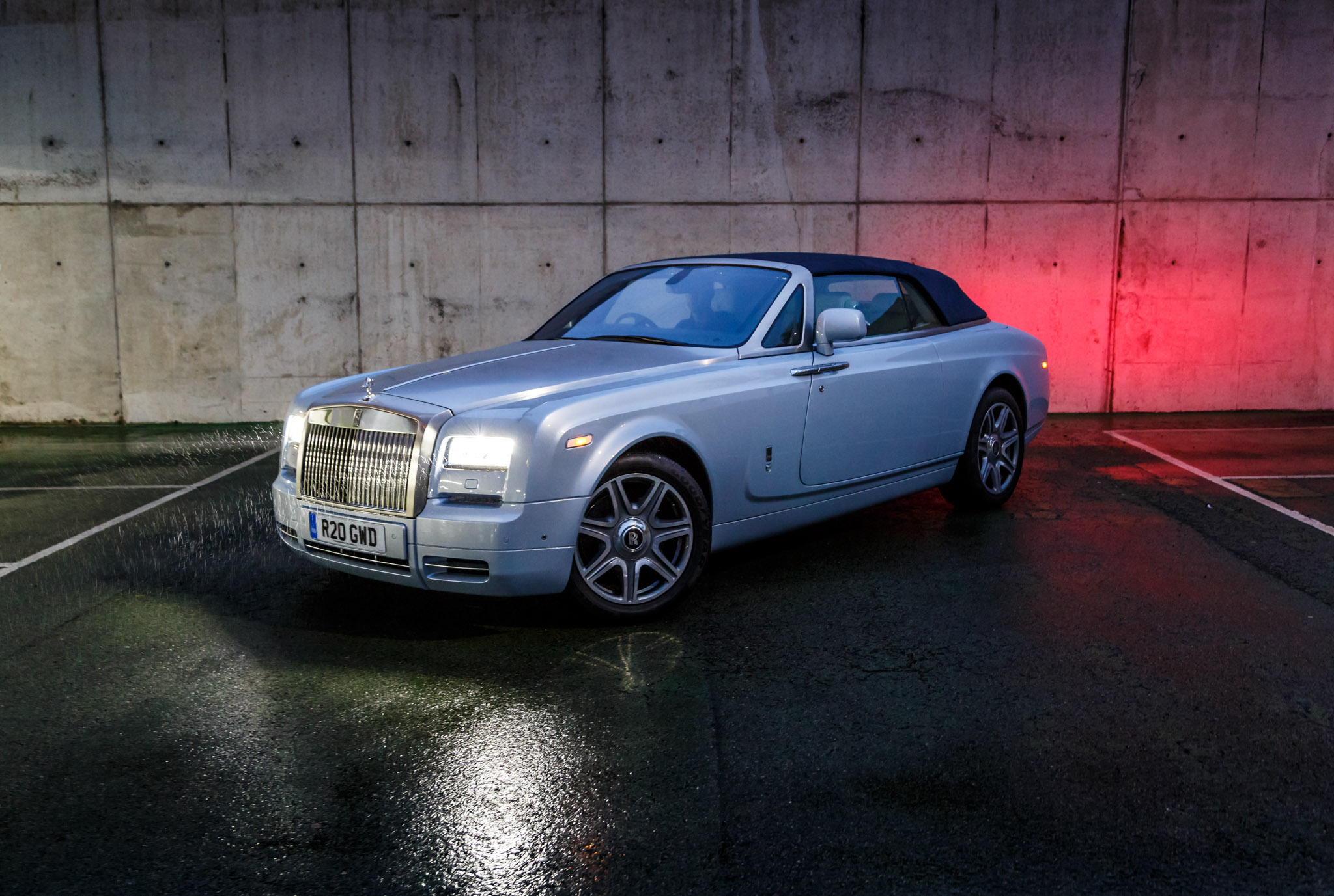 rolls royce phantom drophead coupe 2015 gallery. Black Bedroom Furniture Sets. Home Design Ideas