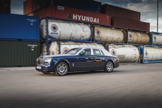 Rolls-Royce Phantom 2015 44