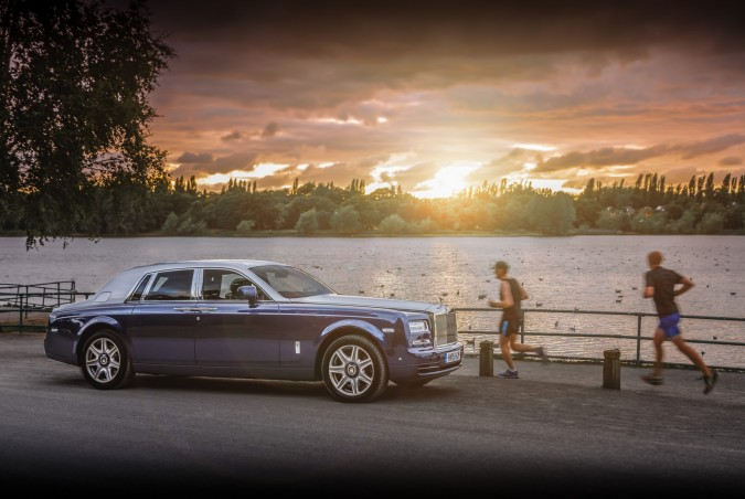 Rolls-Royce Phantom 2015 Review