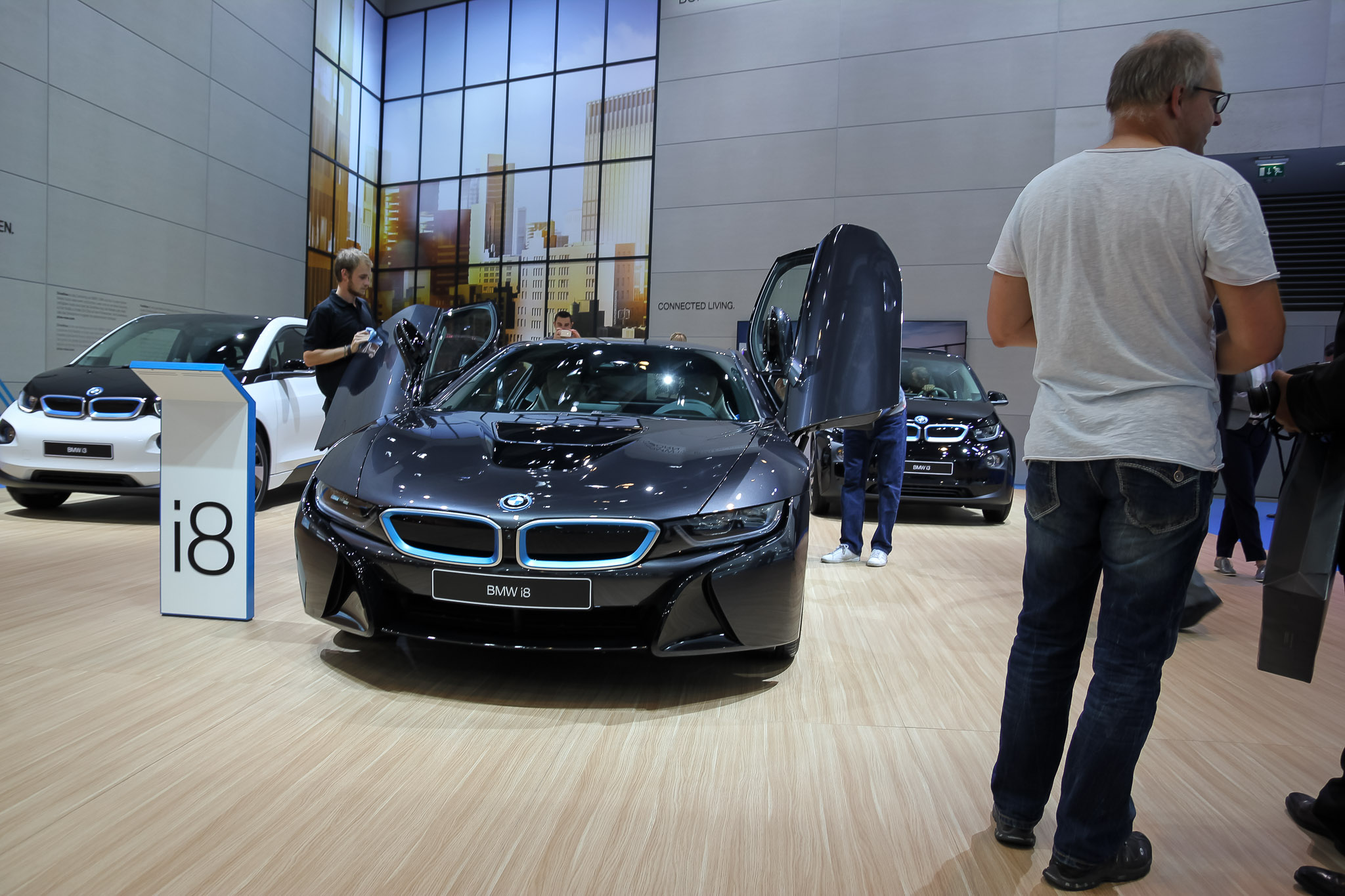 frankfurt iaa 2015 bmw i8 1. Black Bedroom Furniture Sets. Home Design Ideas