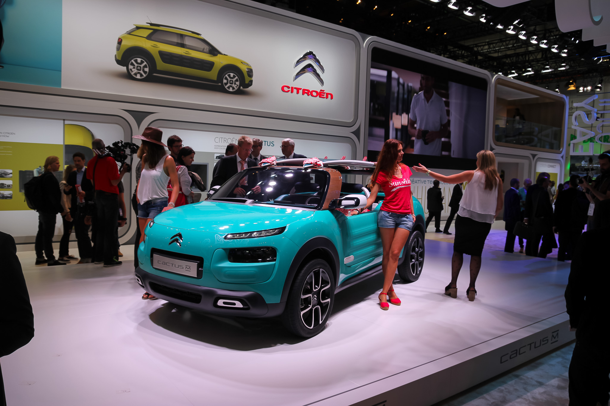 frankfurt iaa 2015 citroen cactus m concept 4. Black Bedroom Furniture Sets. Home Design Ideas