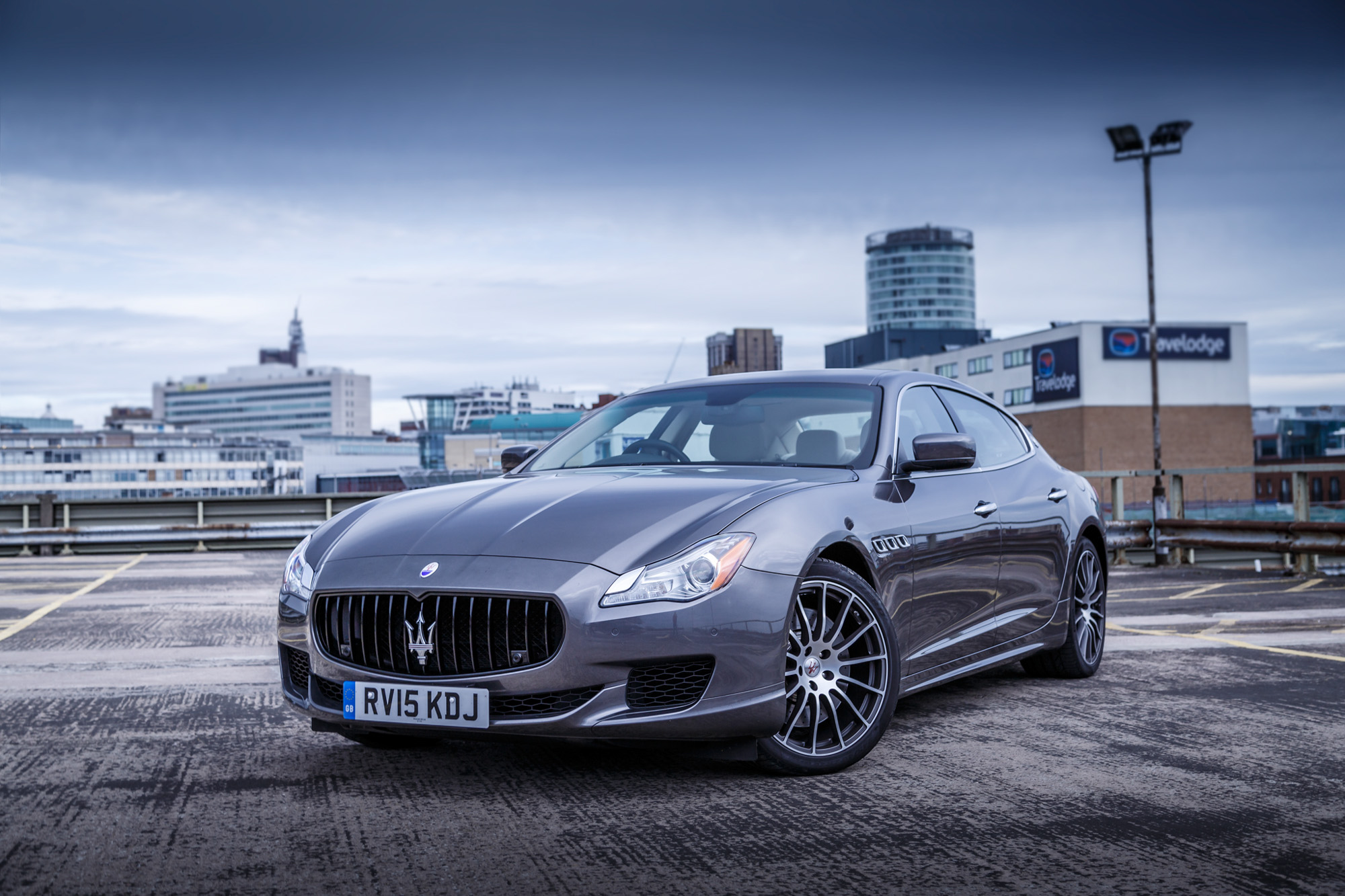 driven maserati quattroporte gts 2015 review. Black Bedroom Furniture Sets. Home Design Ideas