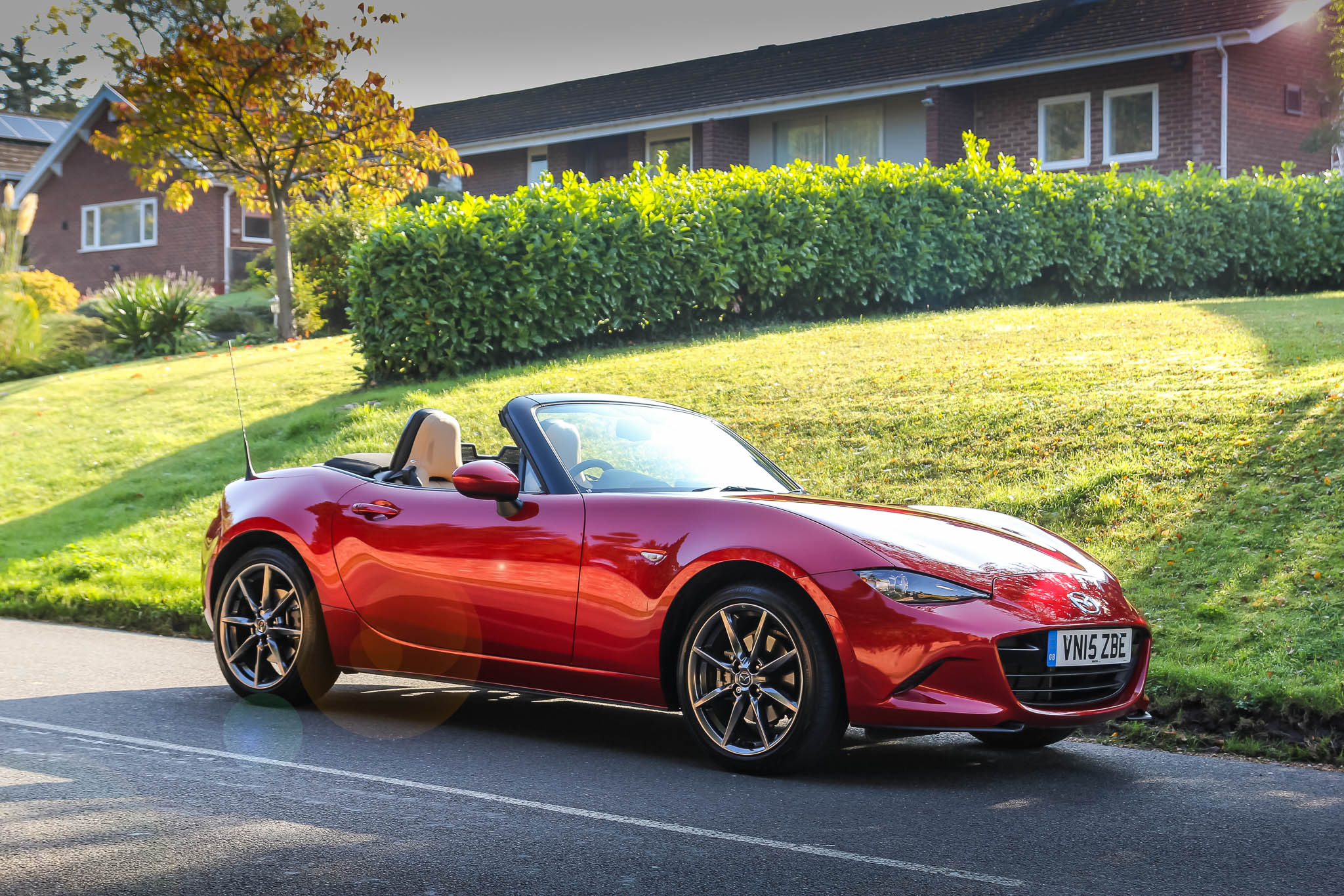 driven mazda mx 5 2 0 sport nav 2015 review. Black Bedroom Furniture Sets. Home Design Ideas