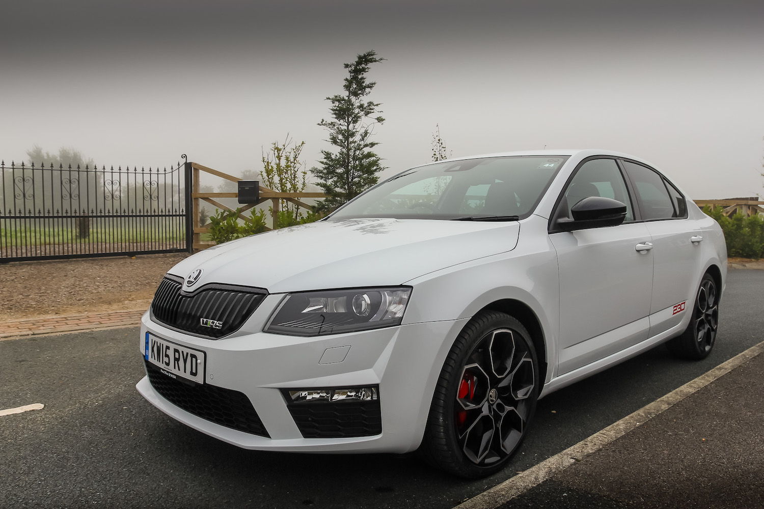 skoda octavia vrs 230 highlights video. Black Bedroom Furniture Sets. Home Design Ideas