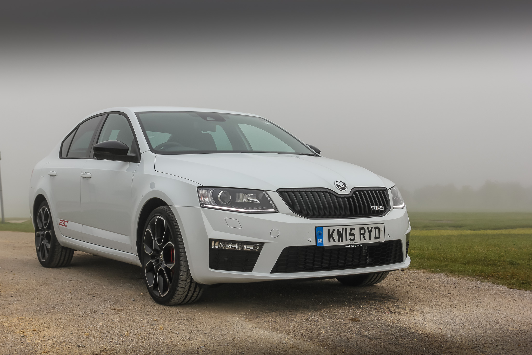 driven skoda octavia vrs 230 review. Black Bedroom Furniture Sets. Home Design Ideas