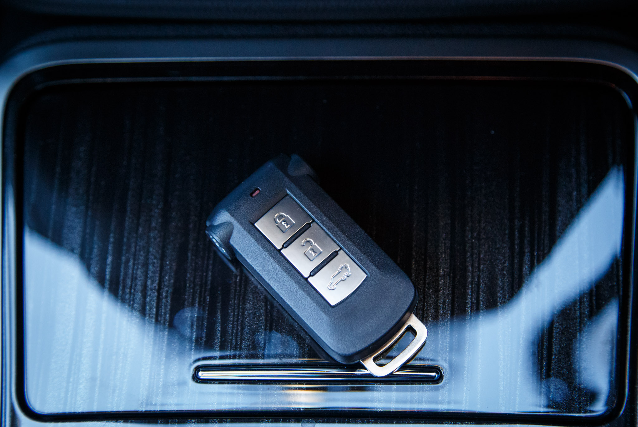 Keys Stuck In Ignition >> Locked Out Or Your Car Key Doesn't Work Anymore?