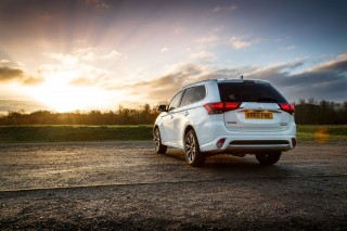 Mitsubishi Outlander PHEV GX4h 2015 Feature Image 3
