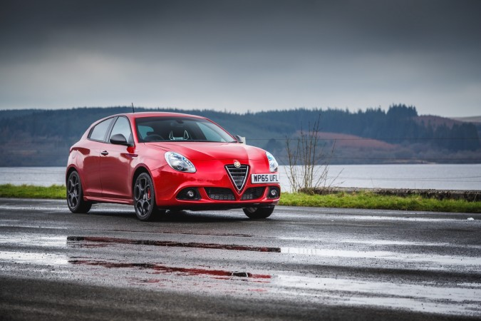 Alfa Romeo Giulietta Sprint Speciale Black Mountain Pass