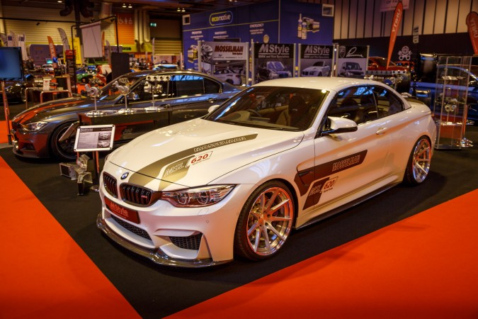 Autosport Internation 2016 RJ 62