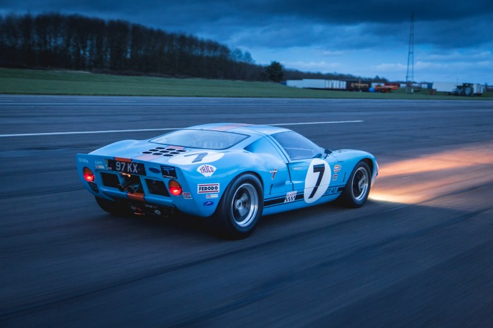 Ford GT40 20