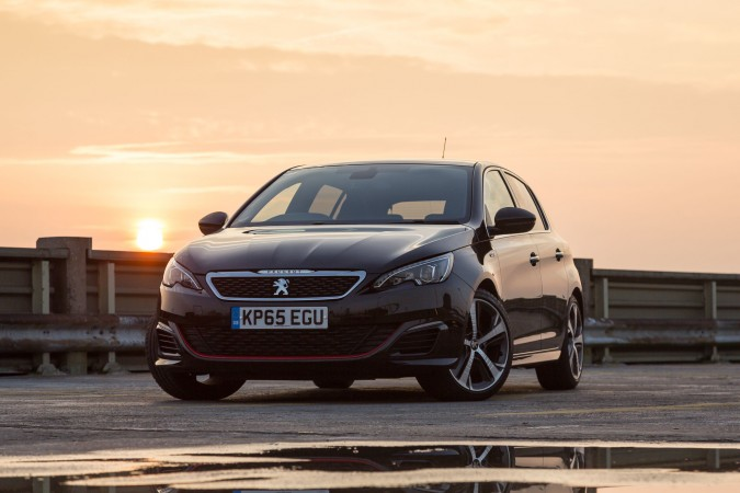 Peugeot 308 GTi PH-1 Orangewheels, new car sales introduction service