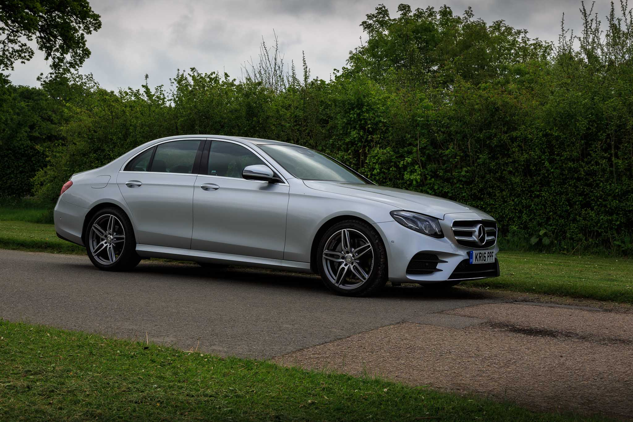 2016 mercedes e 220d review. Black Bedroom Furniture Sets. Home Design Ideas