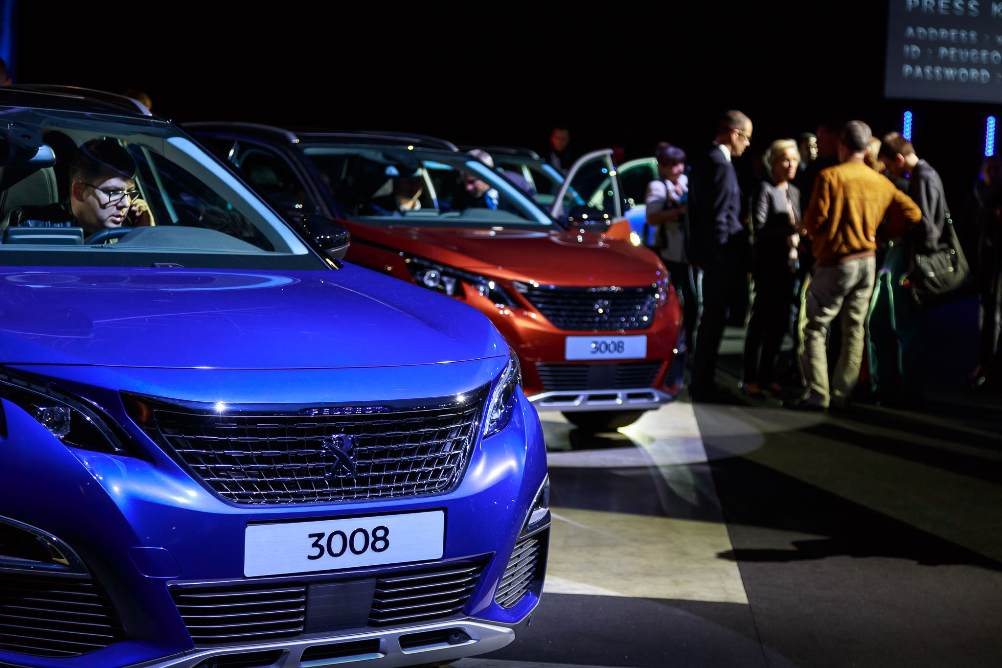 Luxury Cars 2018 >> New 2016 Peugeot 3008 Gallery