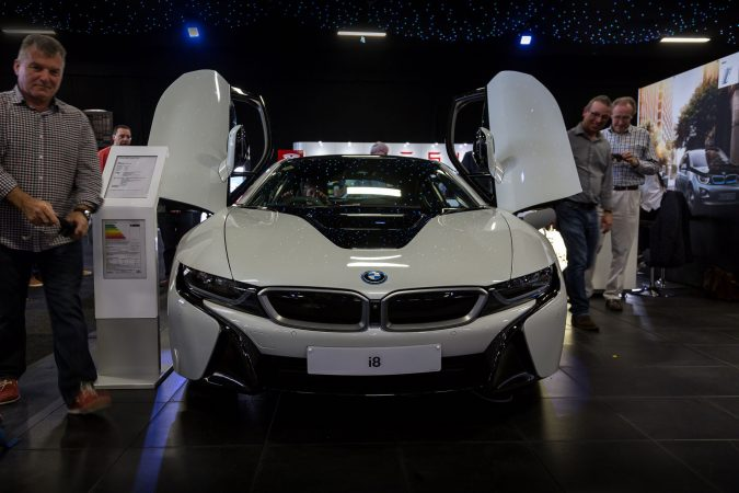 The London Motor Show 2016-86 i8
