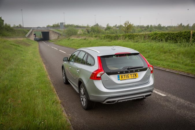 2016 Volvo V60 Cross Country D4 AWD-60