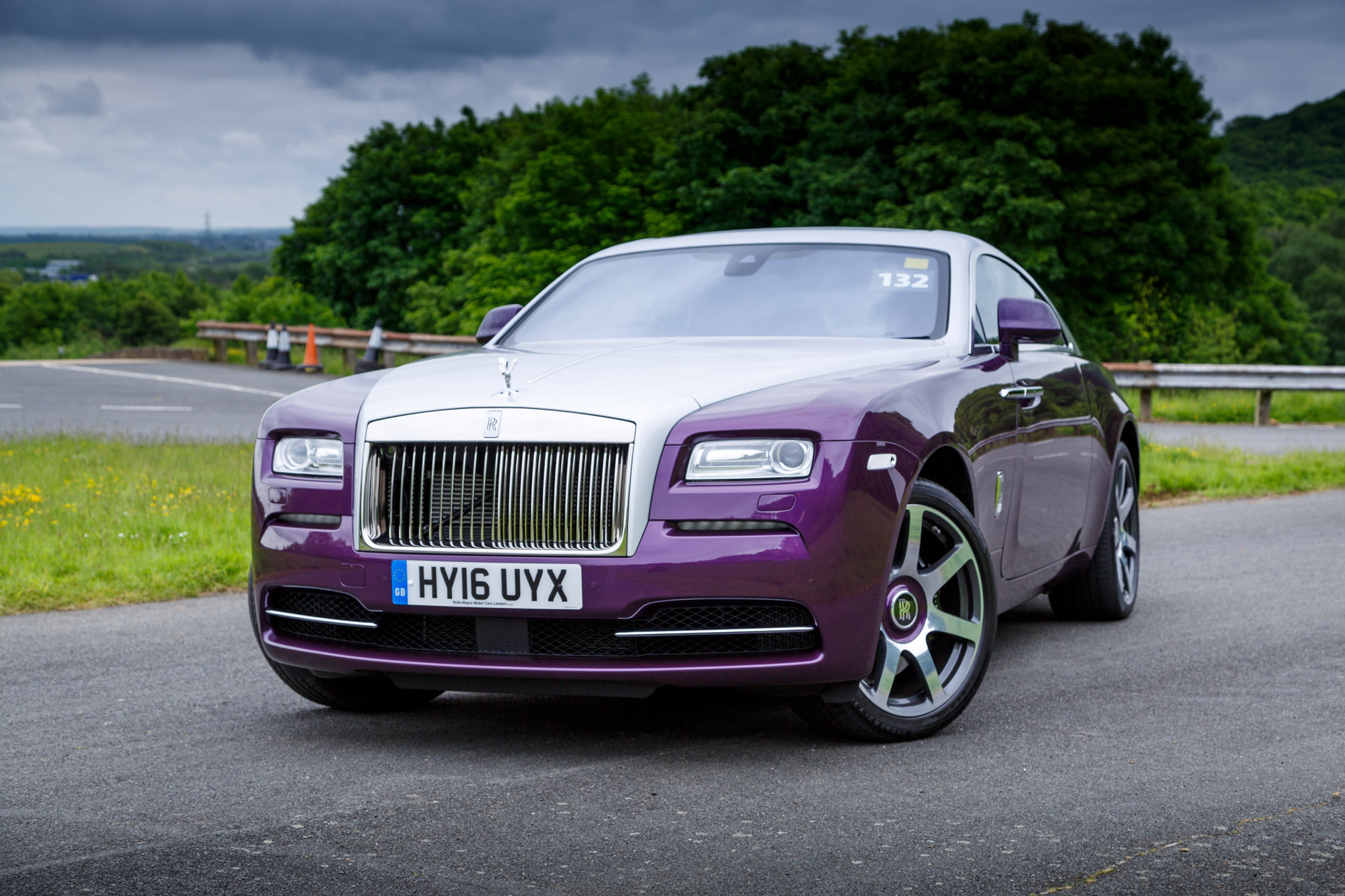 2016 rolls royce wraith review. Black Bedroom Furniture Sets. Home Design Ideas