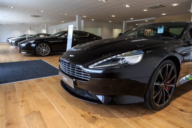 motor verso aston martin birmingham open for business. Black Bedroom Furniture Sets. Home Design Ideas