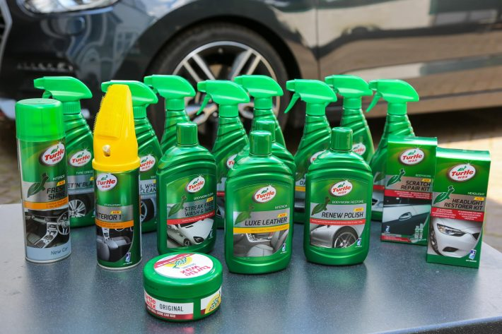 turtle wax wax m tallique pour voiture 500 ml ptfe. Black Bedroom Furniture Sets. Home Design Ideas