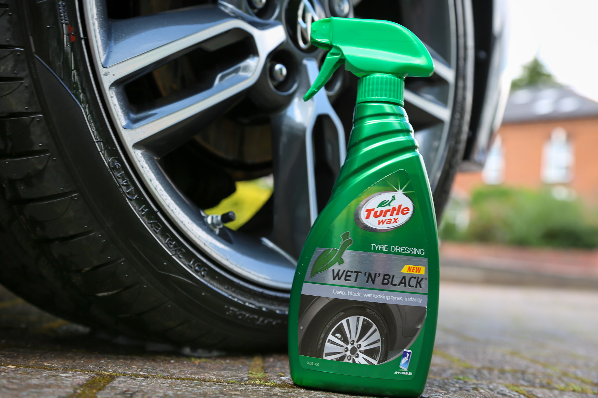 How To Get Tar Off Car >> Cleaning Top To Bottom With Turtle Wax