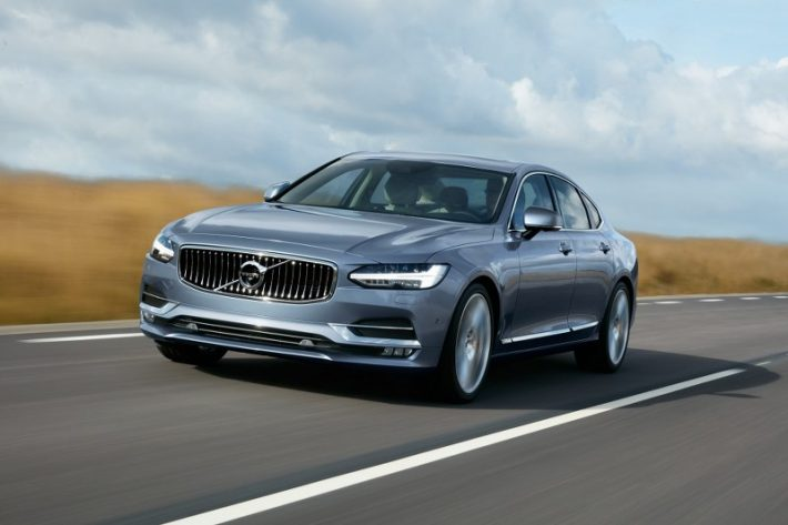 Volvo S90 Mussel Blue 800x533