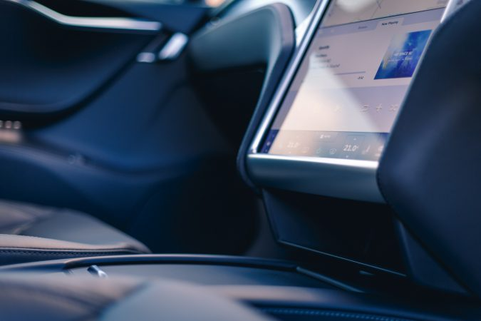tesla-model-s-p90d-interior-rj-16