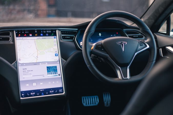 tesla-model-s-p90d-interior-rj-5