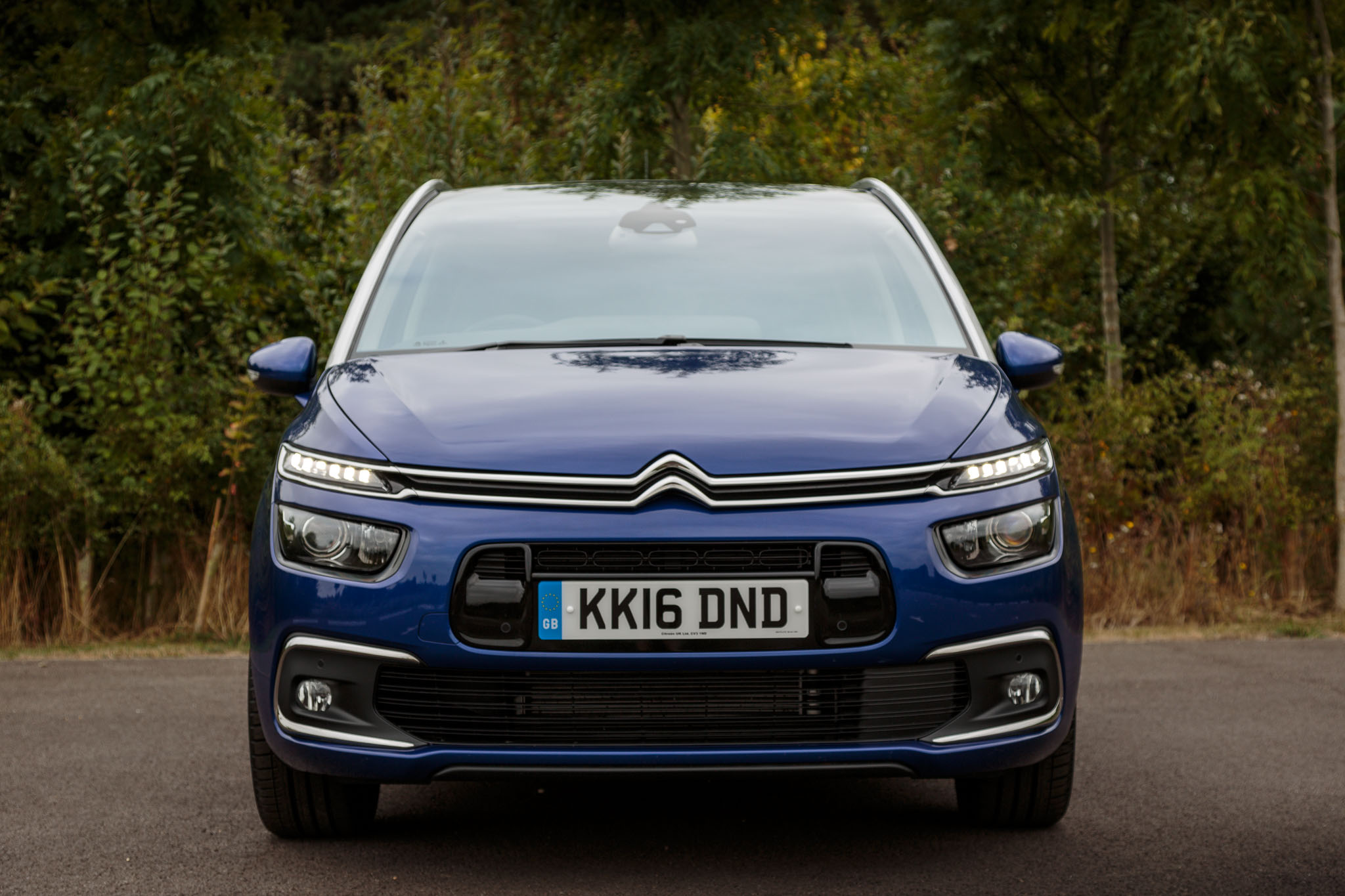 2016 citroen c4 grand picasso review. Black Bedroom Furniture Sets. Home Design Ideas