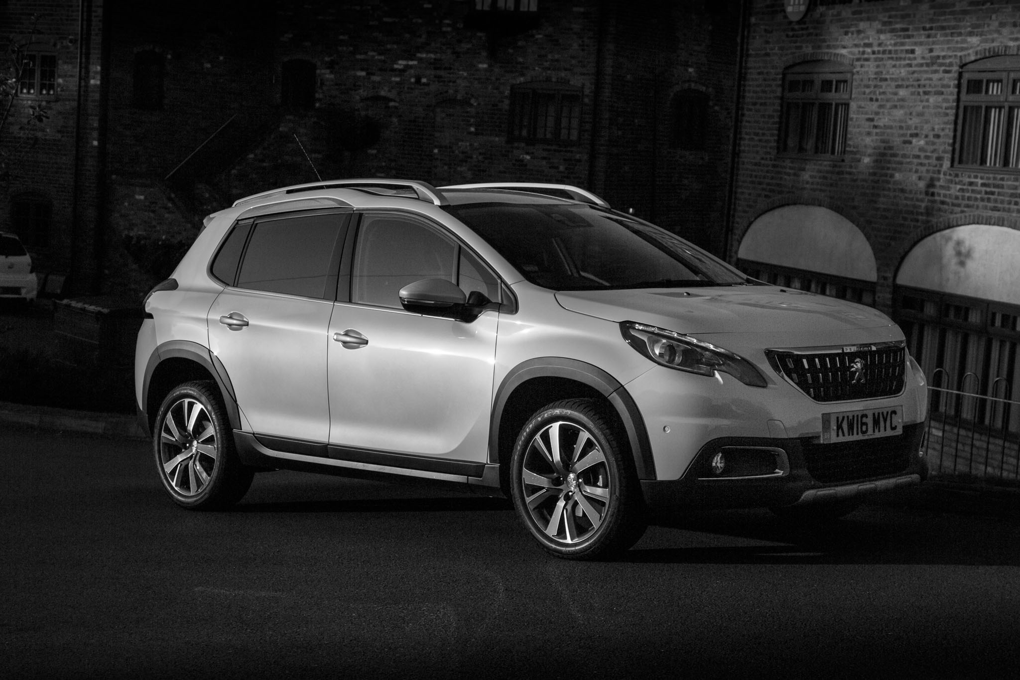 Advertise On My Car >> 2016 Peugeot 2008 Allure PureTech 130 Gallery