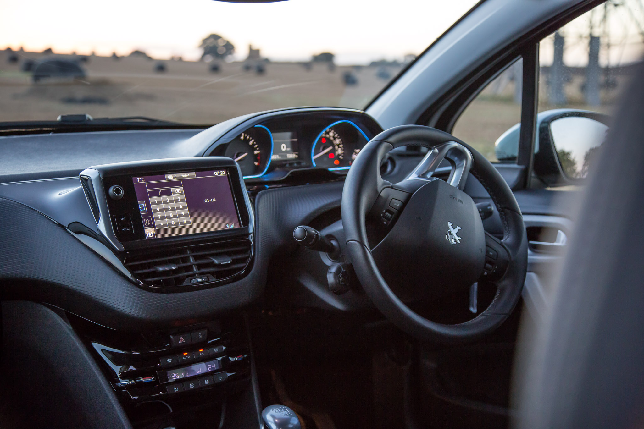 2016 Peugeot 2008 Allure PureTech 130 Review