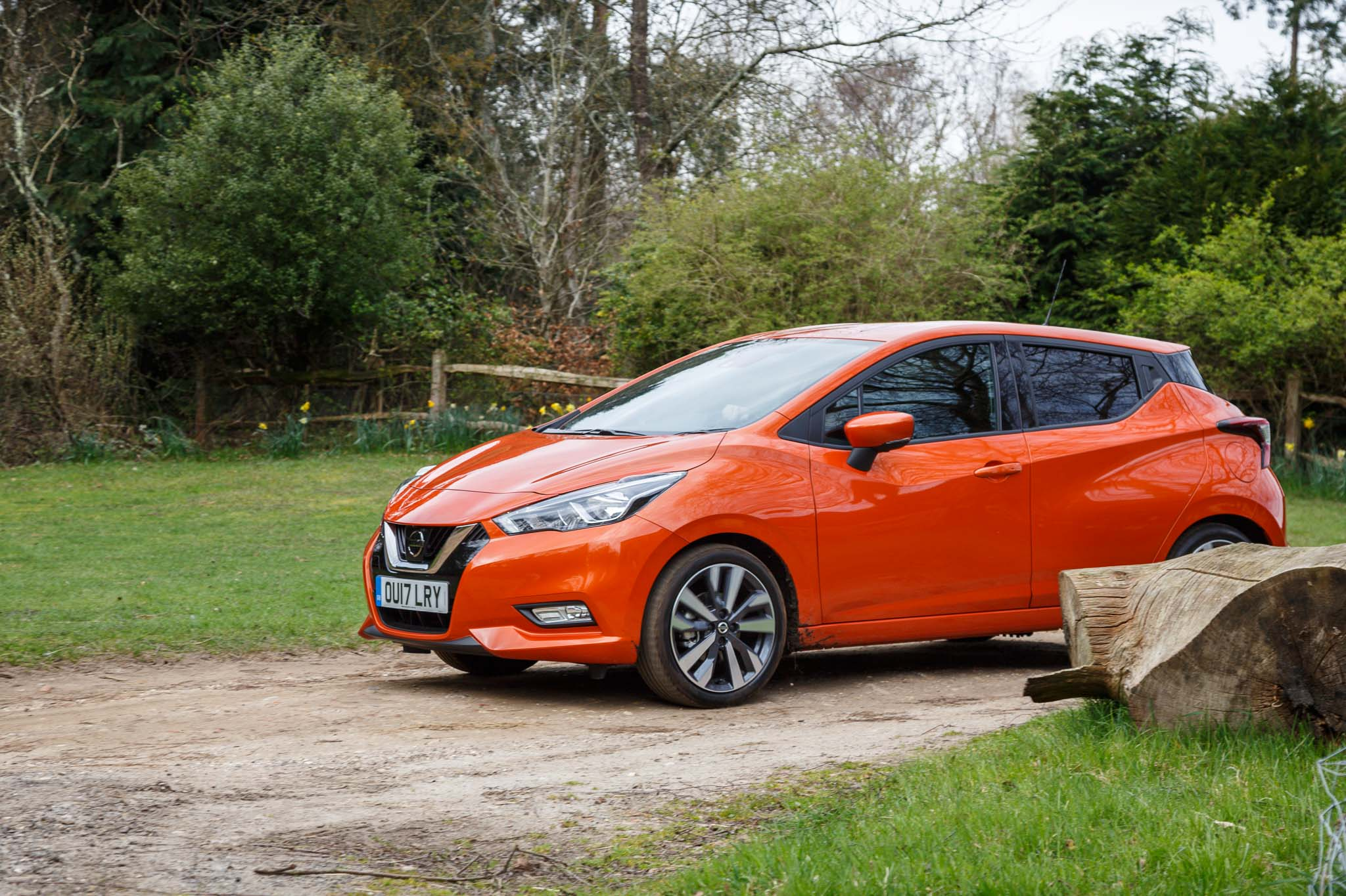2017 nissan micra tekna review