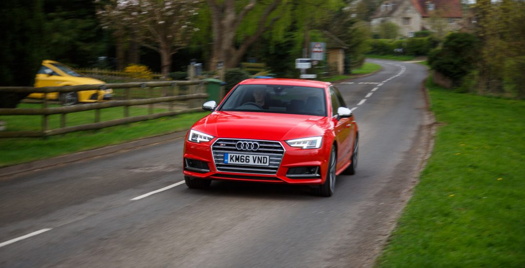 2017 Audi S4 Saloon Red 15