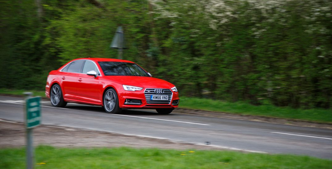 2017 Audi S4 Saloon Red 16