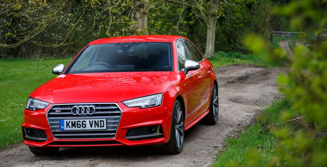 2017 Audi S4 Saloon Red 6